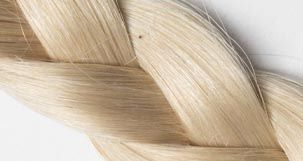 extension de cheveux blond platine