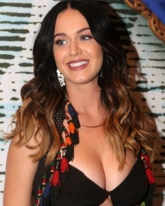Get the look : Katy Perry - Extensions de cheveux